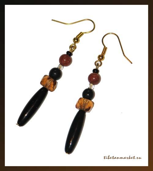 Бижутерия.  В. индийской.  ИнаннаАзазель.  Необычные серьги ручной работы из натуральных камней, бисера и бусин...